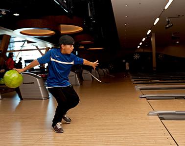 Kid_Bowling