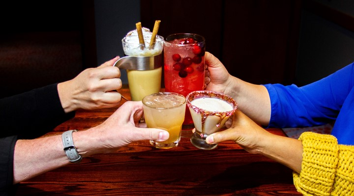 HolidayCocktails_720x400